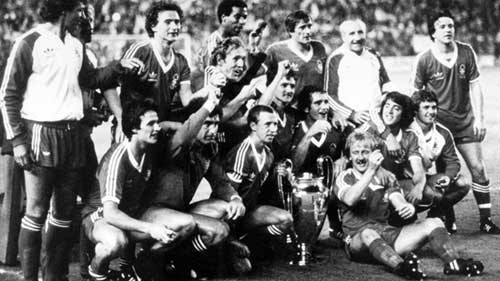 Nottingham Forest celebrate retaining the European Champion Clubs' Cup in 1980